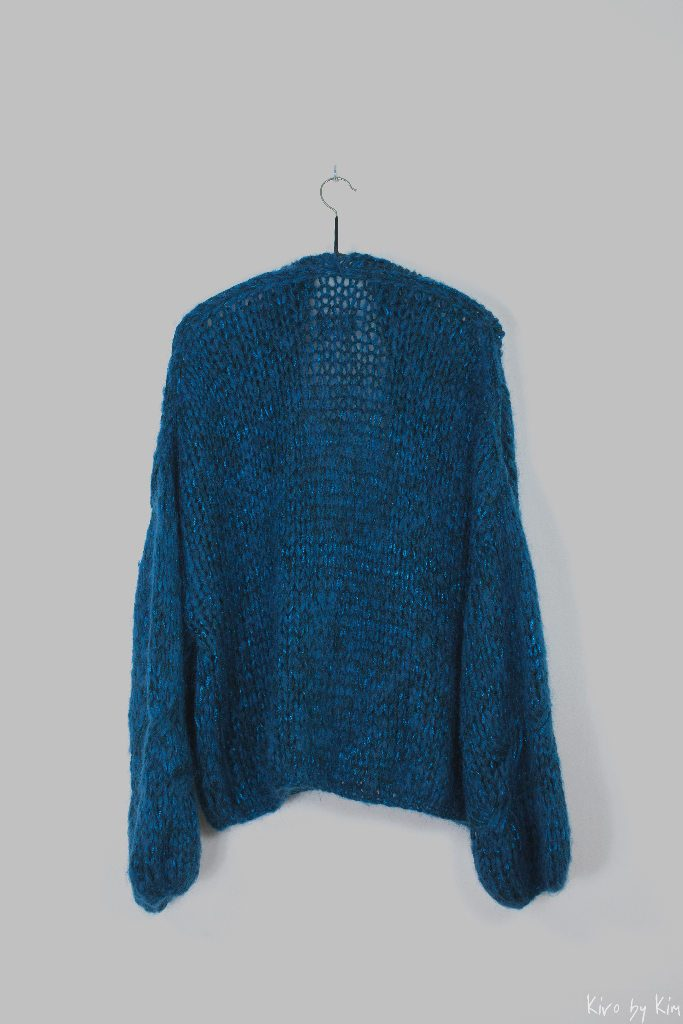 Petrol oversized knit Kiro by Kim